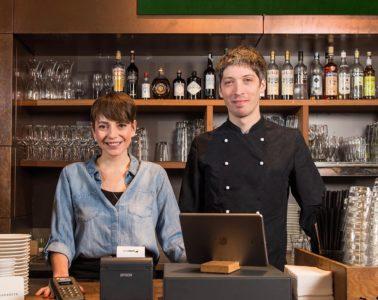 "Les propriétaires du restaurant ""Margarete"" avec caisse orderbird"